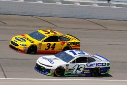 Ty Dillon, Germain Racing, Chevrolet Camaro GEICO and Michael McDowell, Front Row Motorsports, Ford Fusion Love's Travel Stops