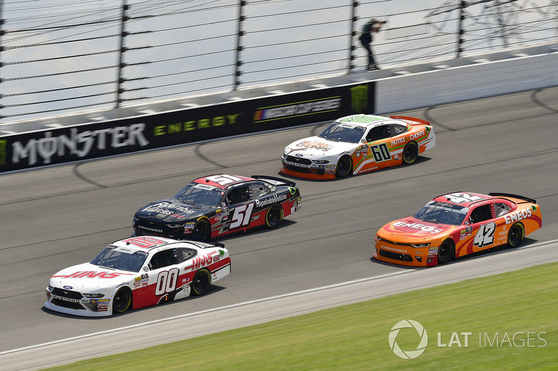 Cole Custer, Stewart-Haas Racing, Ford Mustang Haas Automation, Jeremy Clements, Jeremy Clements Racing, Chevrolet Camaro RepairableVehicles.com, Chase Briscoe, Roush Fenway Racing, Ford Mustang Nutri Chomps, Kyle Larson, Chip Ganassi Racing, Chevrolet Camaro ENEOS