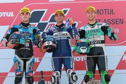 Podium : le deuxième, Aron Canet, Estrella Galicia 0,0, le vainqueur Jorge Martin, Del Conca Gresini Racing Moto3, le troisième, Enea Bastianini, Leopard Racing