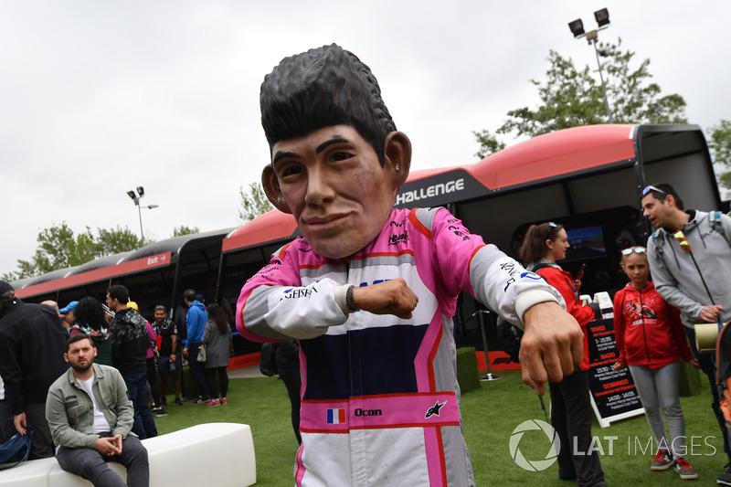 Sergio Perez, Force India caricatura