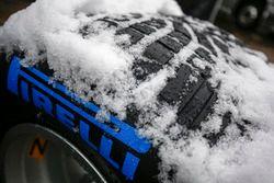 Pirelli wet tires