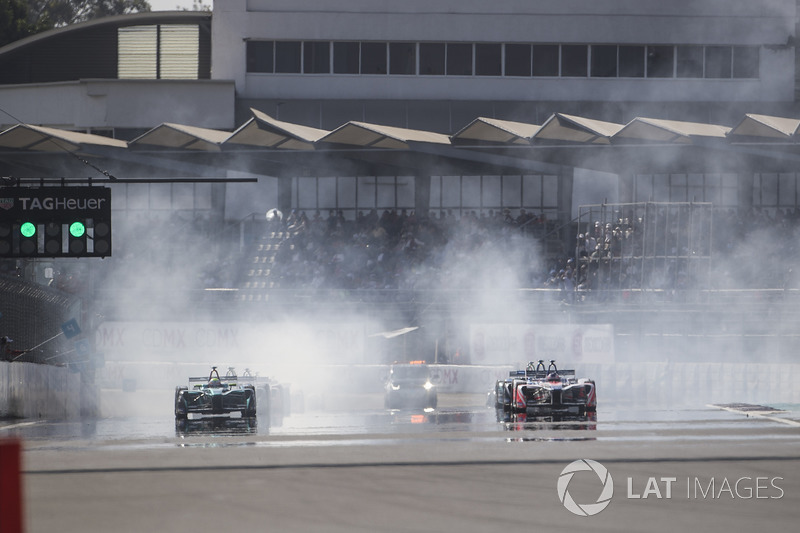 Felix Rosenqvist, Mahindra Racing, at the start of the race