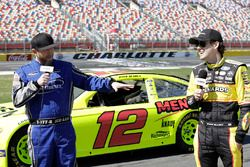 Country music singer Cole Swindell gets a ride from Ryan Blaney