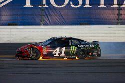 Kurt Busch, Stewart-Haas Racing Ford Fusion na crash