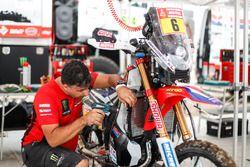 #6 Honda: Paulo Goncalves