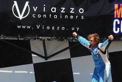 Fernando Etchegorry, Renault Clio Mío celebra