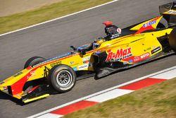 高星明誠(B-Max Racing)