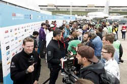 Media Pen with Maro Engel, Venturi Formula E Team, Andre Lotterer, Techeetah