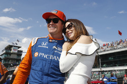Scott Dixon, Chip Ganassi Racing Honda with wife Emma
