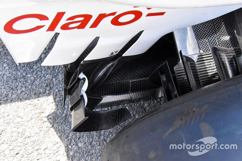Детали задней части Sauber C37