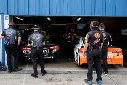 Jimmie Johnson, Hendrick Motorsports, Chevrolet Camaro Lowe's for Pros and Chase Elliott, Hendrick Motorsports, Chevrolet Camaro Mountain Dew / Little Caesars