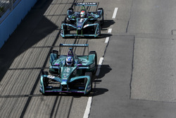 Stéphane Sarrazin, Andretti Formula E Team, Nelson Piquet Jr., Jaguar Racing