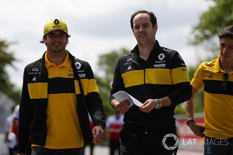 Carlos Sainz Jr., Renault Sport F1 Team, y Jack Aitken