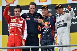 Podium: race winner Sebastian Vettel, Red Bull Racing, second place Fernando Alonso, Ferrari, Michae