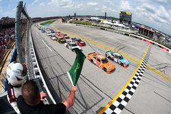 Start: Matt Tifft, Joe Gibbs Racing Toyota, führt