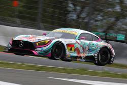 #4 Goodsmile Racing & Team Ukyo, Mercedes SLS AMG GT3: Nobuteru Taniguchi, Tatsuya Kataoka