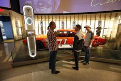 Former NASCAR driver Kyle Petty gives Romain Grosjean, Haas F1 Team, Esteban Gutierrez, Haas F1 a to
