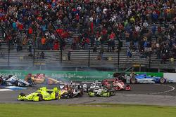 Inicio: Simon Pagenaud, Team Penske Chevrolet lidera a Sébastien Bourdais, KV Racing Technology Chev