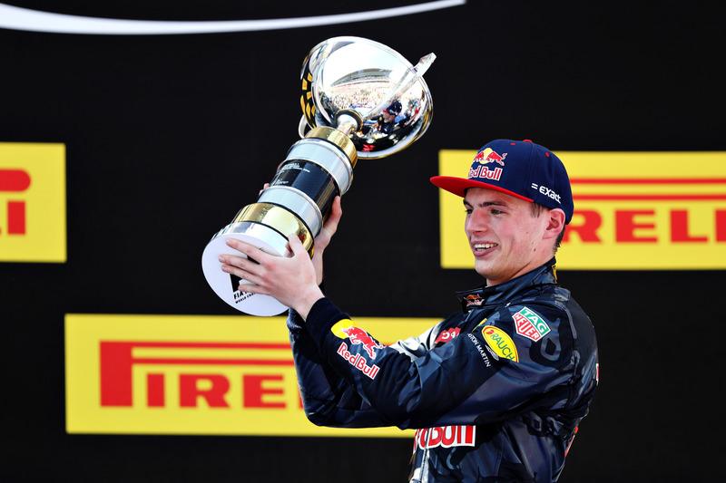 Max Verstappen, Red Bull Racing celebra su primer victoria