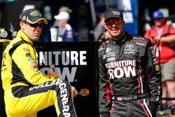 Matt Kenseth, Joe Gibbs Racing Toyota, und Martin Truex Jr., Furniture Row Racing Toyota
