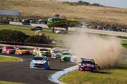 Ausritt von Jamie Whincup, Triple Eight Race Engineering Holden