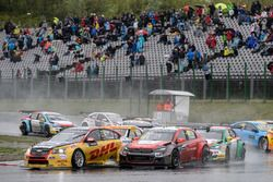Tom Coronel, Roal Motorsport, Chevrolet RML Cruze TC1; Yvan Muller, Citroën World Touring Car Team,