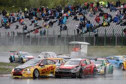 Tom Coronel, Roal Motorsport, Chevrolet RML Cruze TC1; Yvan Muller, Citroën World Touring Car Team,