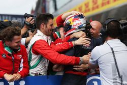 Winner Pierre Gasly, Prema Racing in parc ferme