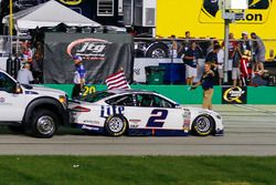 Yarış galibi Brad Keselowski, Team Penske Ford