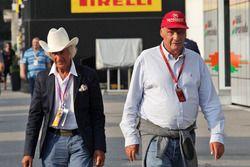 (L to R): Arturo Merzario, with Niki Lauda, Mercedes Non-Executive Chairman