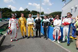 Controladores llegan para un evento especial de karting