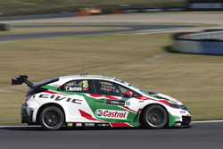 Тьягу Монтейру, Honda Racing Team JAS, Honda Civic WTCC