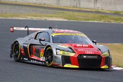 #21 Audi Team Hitotsuyama Audi R8 LMS: Richard Lyon, Tomonobu Fujii