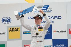 Подиум: Максимилиан Гюнтер, Prema Powerteam Dallara F312 – Mercedes-Benz