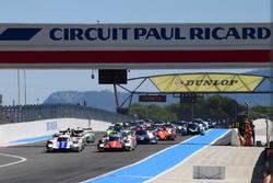 Start: #46 Thiriet by TDS Racing Oreca 05 - Nissan: Pierre Thiriet, Mathias Beche, Mike Conway leads