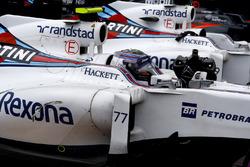 Valtteri Bottas, Williams, arrive dans le parc fermé