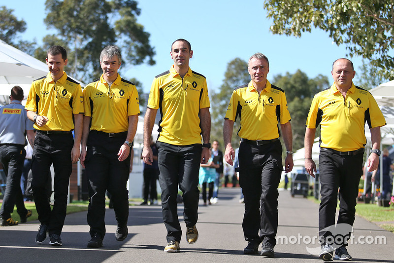 Remi Taffin, Renault Sport F1 Engine Technical Director with Nick Chester, Renault Sport F1 Team Chassis Technical Director, Cyril Abiteboul, Renault Sport F1 Managing Director, Bob Bell, Renault Sport F1 Team Chief Technical Officer and Frederic Vasseur, Renault Sport F1 Team Racing Director