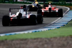 The final laps of the second GP3 race