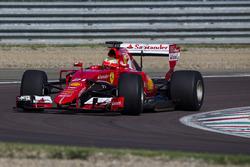 Esteban Gutierrez, Ferrari SF15-T