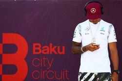 Lewis Hamilton, Mercedes AMG F1, Pilotlar geçit töreni