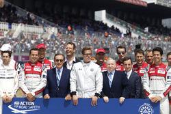 Движение FIA за безопасность на дороге: Пьер Фийон, президент ACO и Брэд Питт