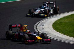 Pierre Gasly, PREMA Racing leads Raffaele Marciello, RUSSIAN TIME