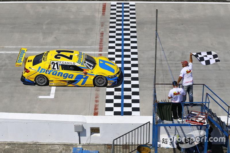 Thiago Camilo vence corrida 2
