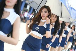 Lovely Chang grid girl