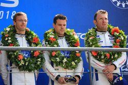 LMGTE Pro podyum: 3. Joey Hand, Dirk Müller, Sébastien Bourdais, Ford Chip Ganassi Racing