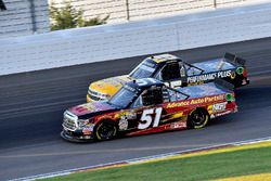 Riley Herbst, Kyle Busch Motorsports, Toyota Tundra Advance Auto Parts and Dalton Sargeant, GMS Racing, Chevrolet Silverado Performance Plus Motor Oil