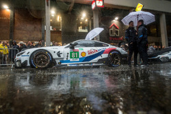 Автомобиль BMW M8 GTE (№81) команды BMW Team MTEK