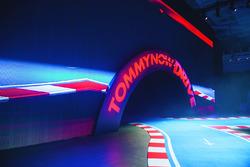 Show Tommy Hilfiger Drive