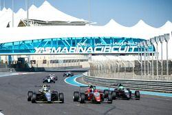 Lucas Petersson, SILBERPFEIL Energy Dubai, Tom Beckhäuser, CRAM Motorsport, Caio Collet, SILBERPFEIL Energy Dubai