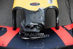 Wagen van Max Verstappen, Red Bull Racing na de crash